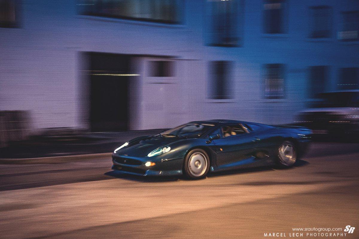 Jaguar XJ220 by Marcel Lech Photography_hypercars_ (16)