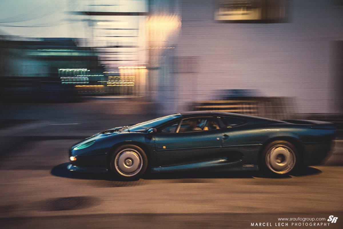 Jaguar XJ220 by Marcel Lech Photography_hypercars_ (17)