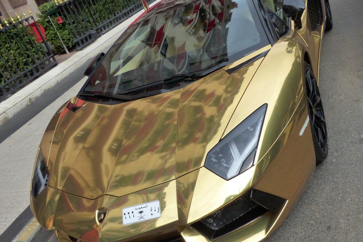 GOLD Saudi Lamborghini Aventador roadster in Paris_Hypercars_ (13)