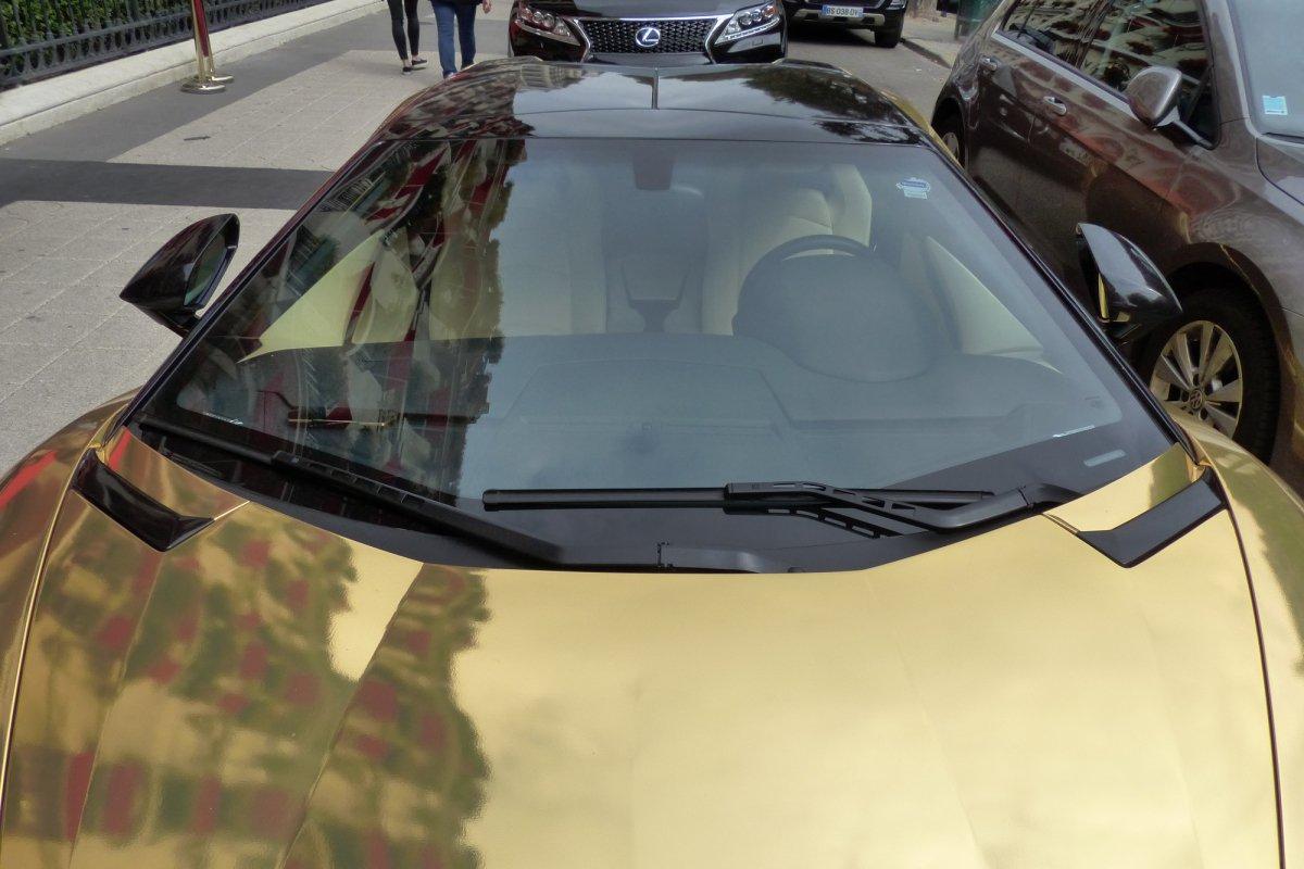 GOLD Saudi Lamborghini Aventador roadster in Paris_Hypercars_ (16)