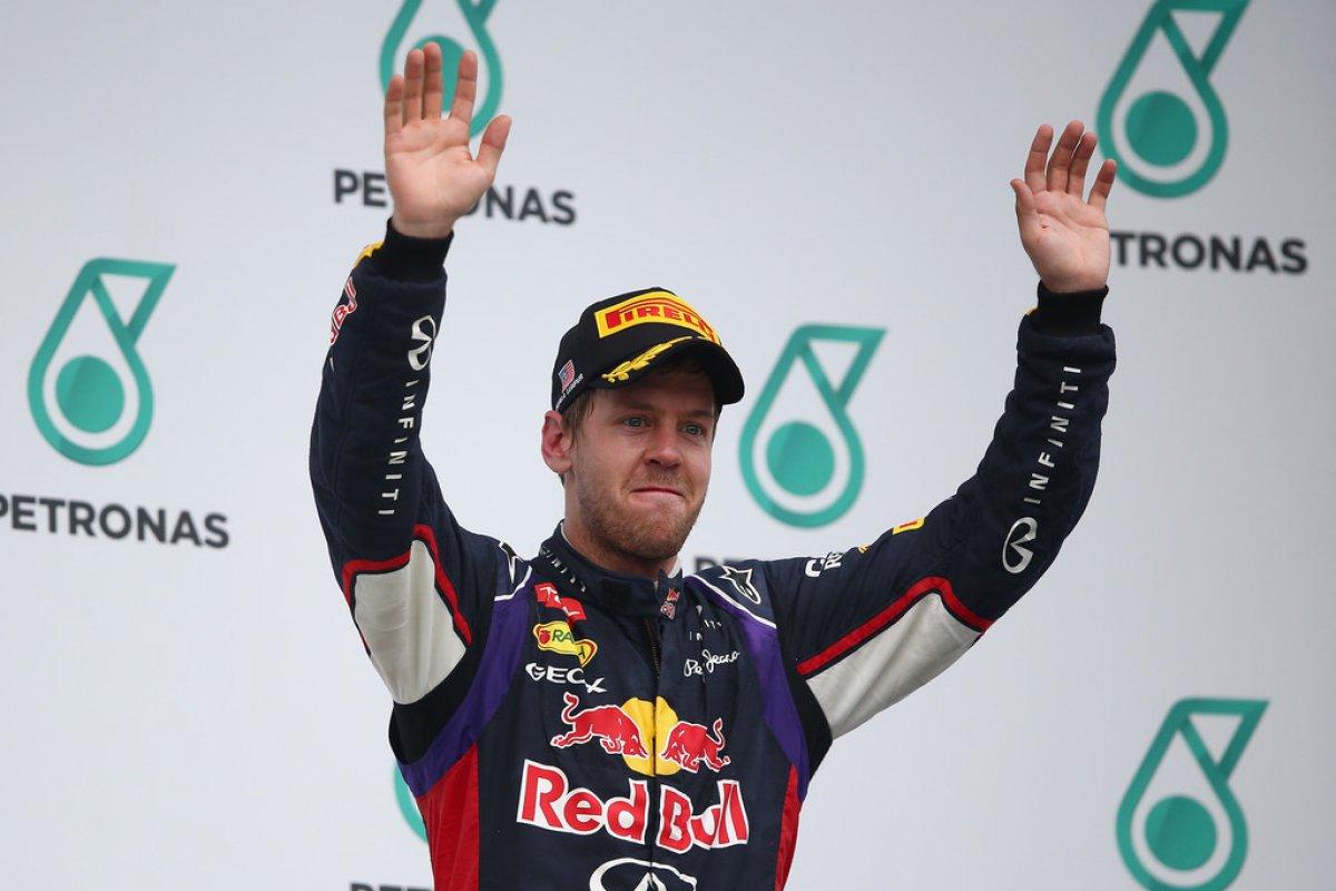 Sebastian Vettel (Red Bull-Renault) : 22 millions d'euros (Allemand, Champion 2010/2011/2012/2013, 6è en 2014)