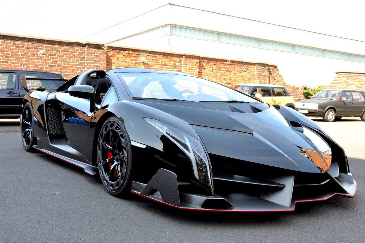 Lamborghini Veneno Roadster  1ère livraison WOW! hypercars (10)