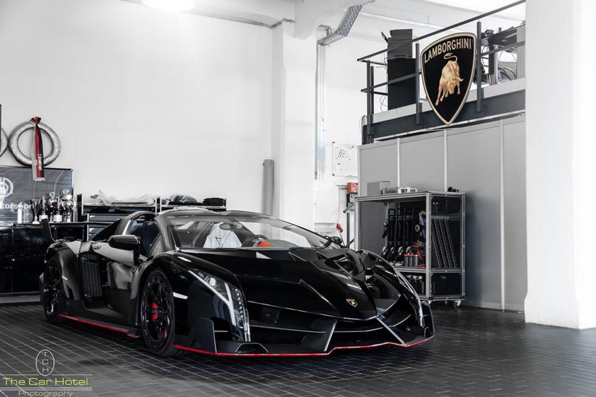 Lamborghini Veneno LP750-4 by Thecarhotel Photography_hypercars_ (2)