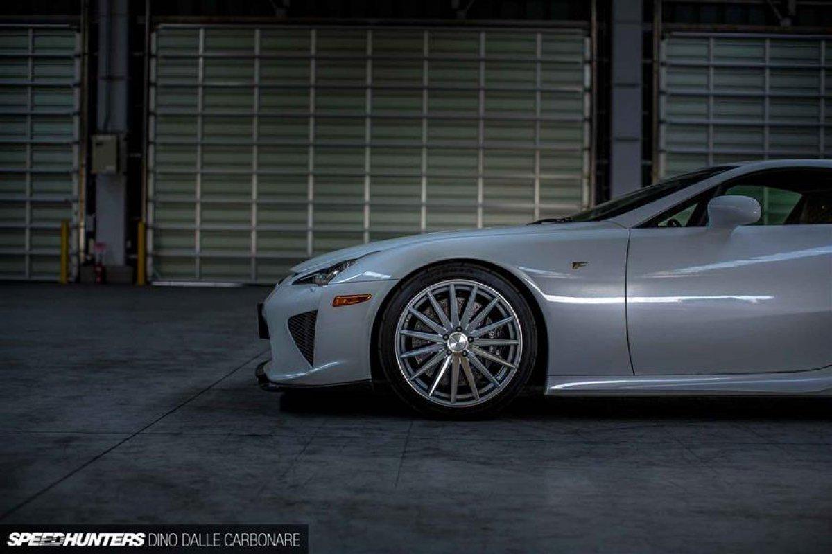 Lexus LFA On Vossen Wheels_hypercars_ (3)
