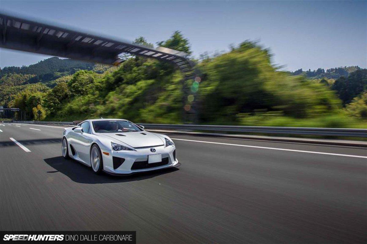 Lexus LFA On Vossen Wheels_hypercars_ (4)