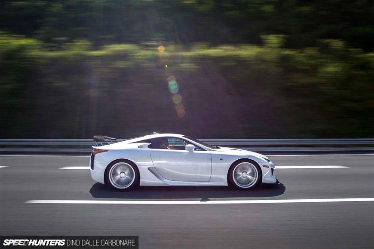 Lexus LFA On Vossen Wheels_hypercars_ (10)
