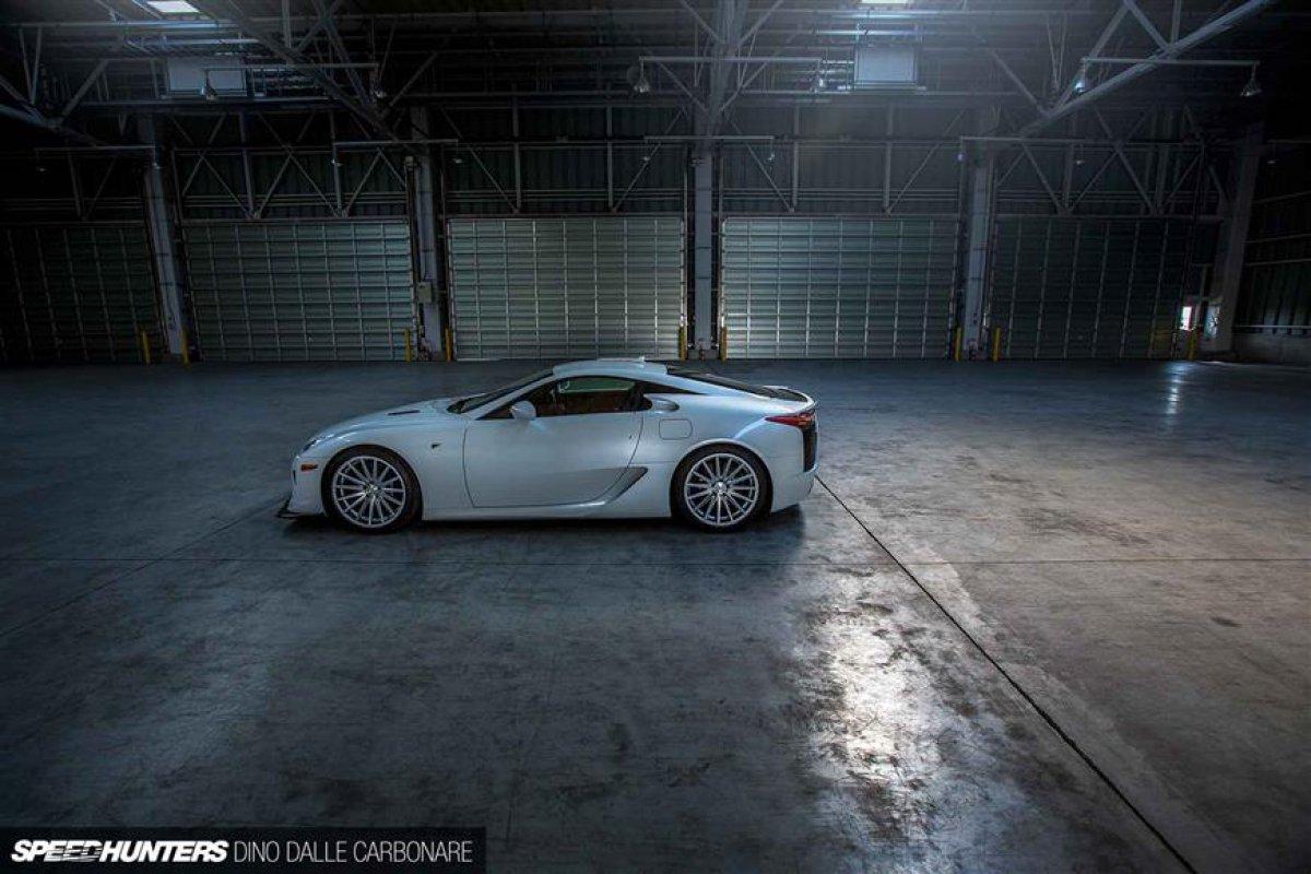Lexus LFA On Vossen Wheels_hypercars_ (19)