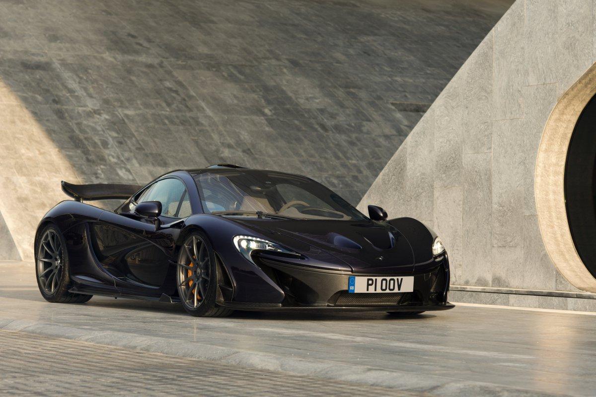 McLaren P1 in Bahrain _ hypercars _  (2)