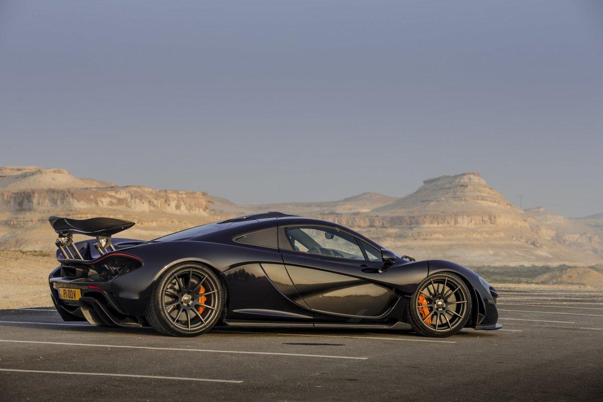 McLaren P1 in Bahrain _ hypercars _  (5)