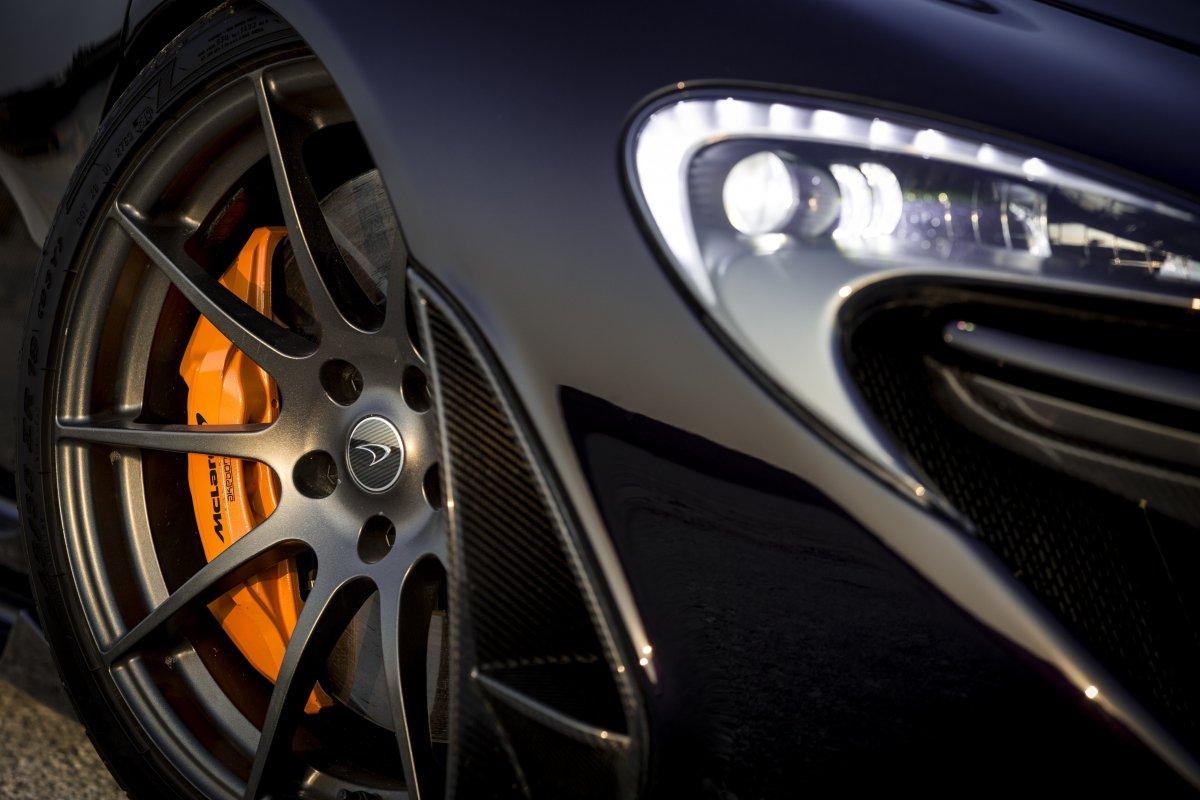 McLaren P1 in Bahrain _ hypercars _  (16)