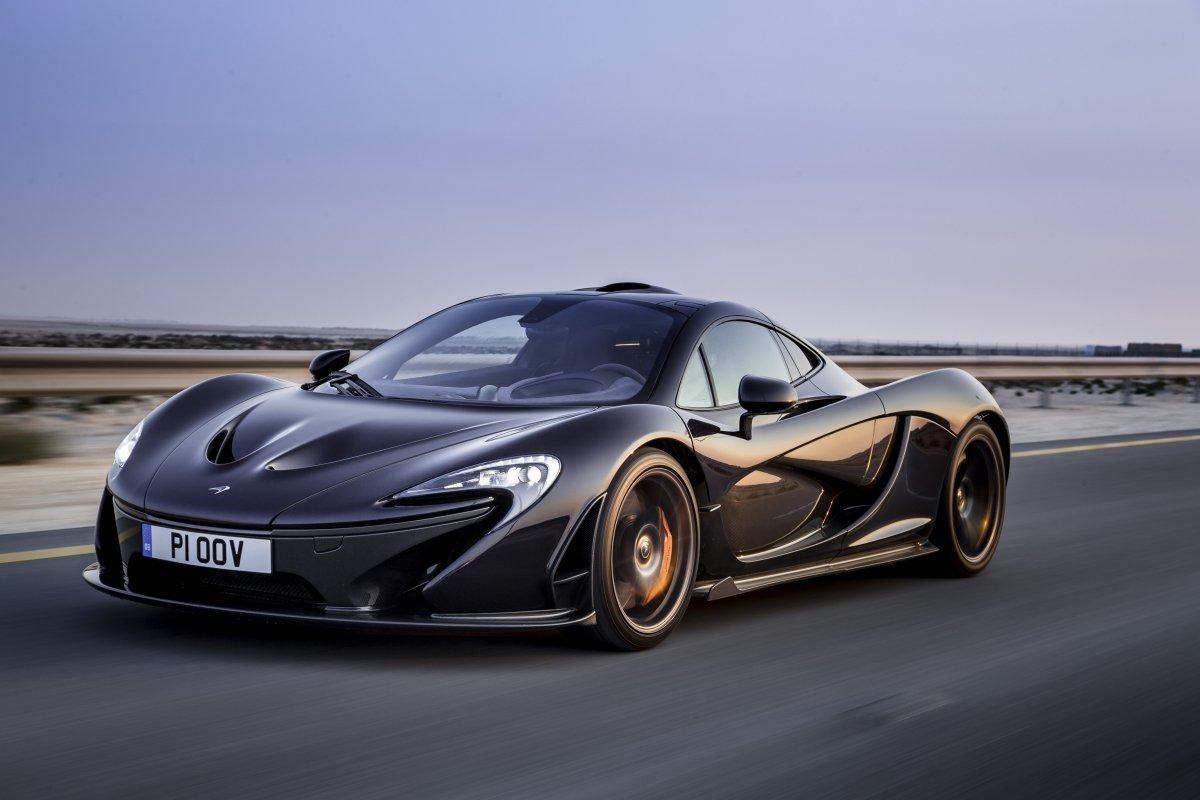 McLaren P1 in Bahrain _ hypercars _  (17)