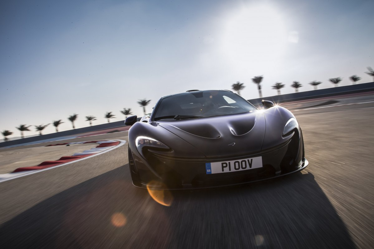 McLaren P1 in Bahrain _ hypercars _  (21)