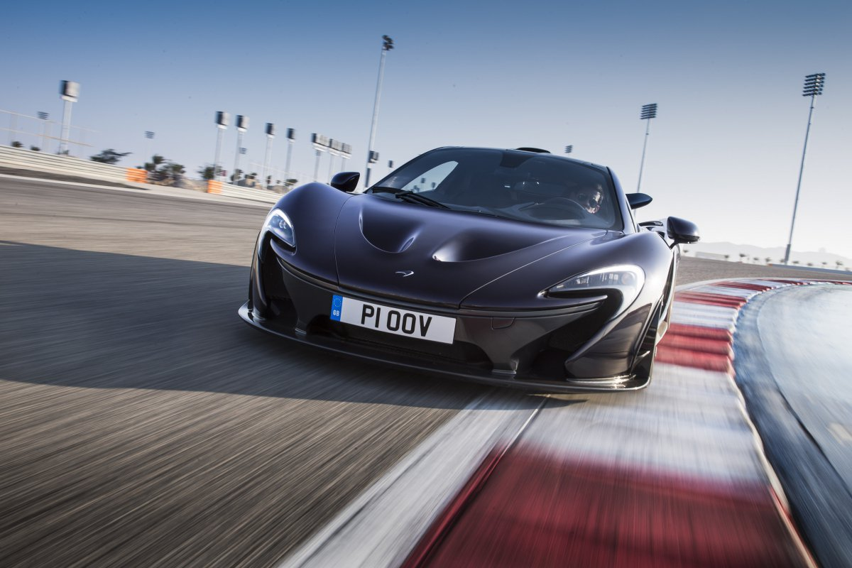 McLaren P1 in Bahrain _ hypercars _  (22)