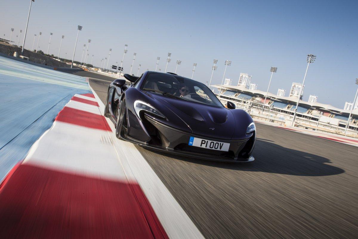 McLaren P1 in Bahrain _ hypercars _  (23)