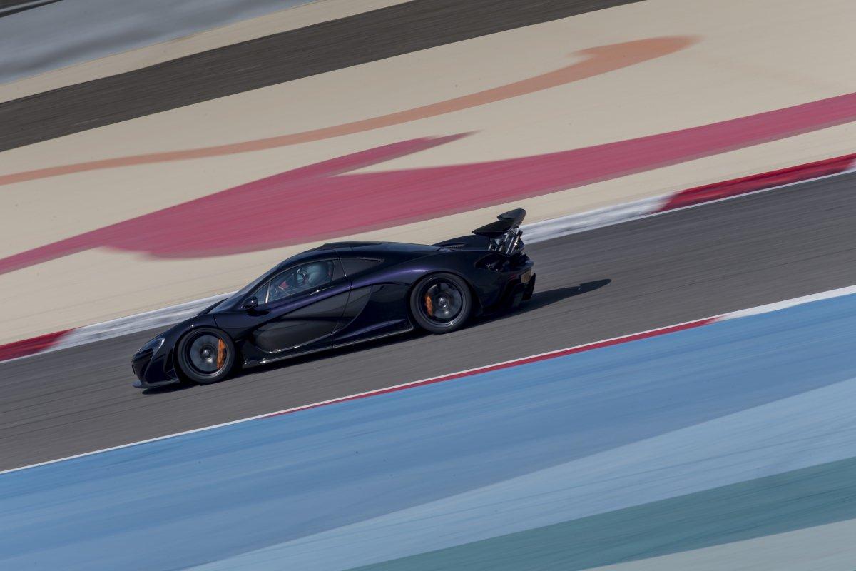 McLaren P1 in Bahrain _ hypercars _  (25)