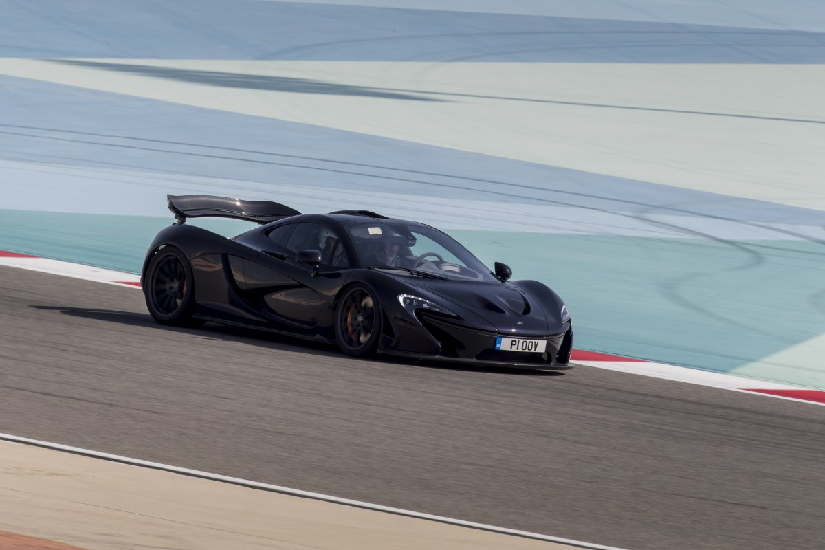 McLaren P1 in Bahrain _ hypercars _  (26)