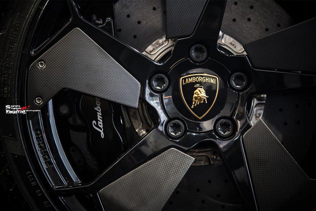 Lamborghini Reventón Roadster Hong Kong  by Kirara Stanley Photography hypercars  (1)