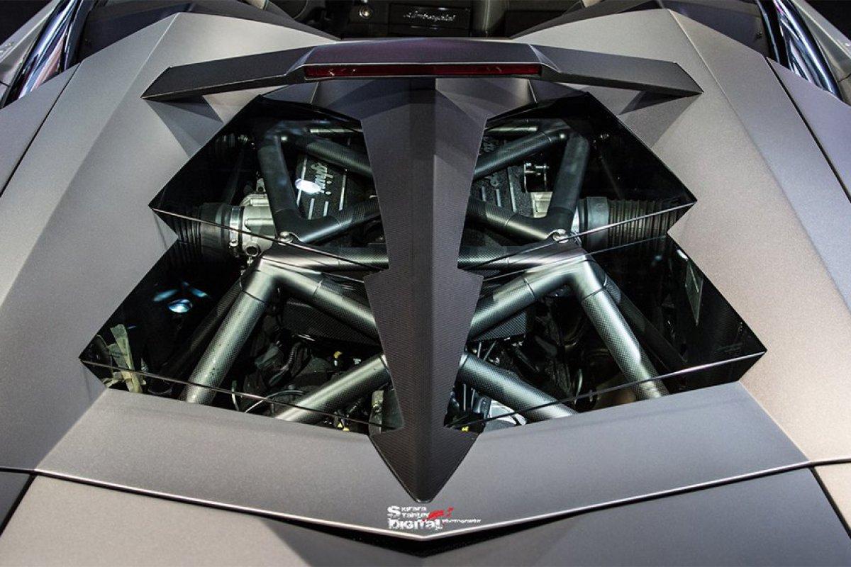 Lamborghini Reventón Roadster Hong Kong  by Kirara Stanley Photography hypercars  (2)
