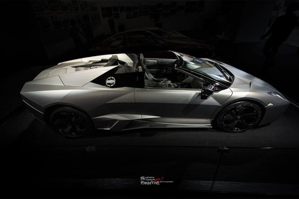 Lamborghini Reventón Roadster Hong Kong  by Kirara Stanley Photography hypercars  (10)
