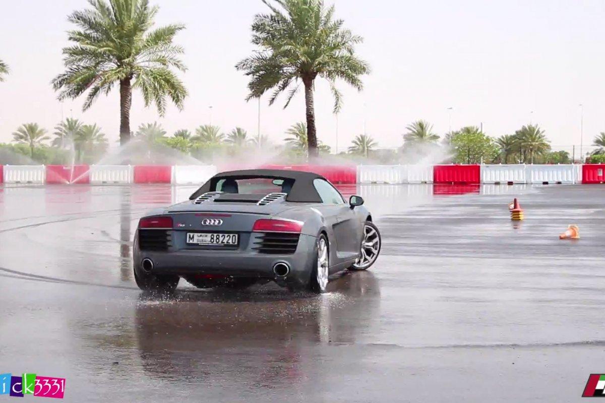 Video Audi R8 Club UAE Drift Event by Patrick3331 hypercars (2)