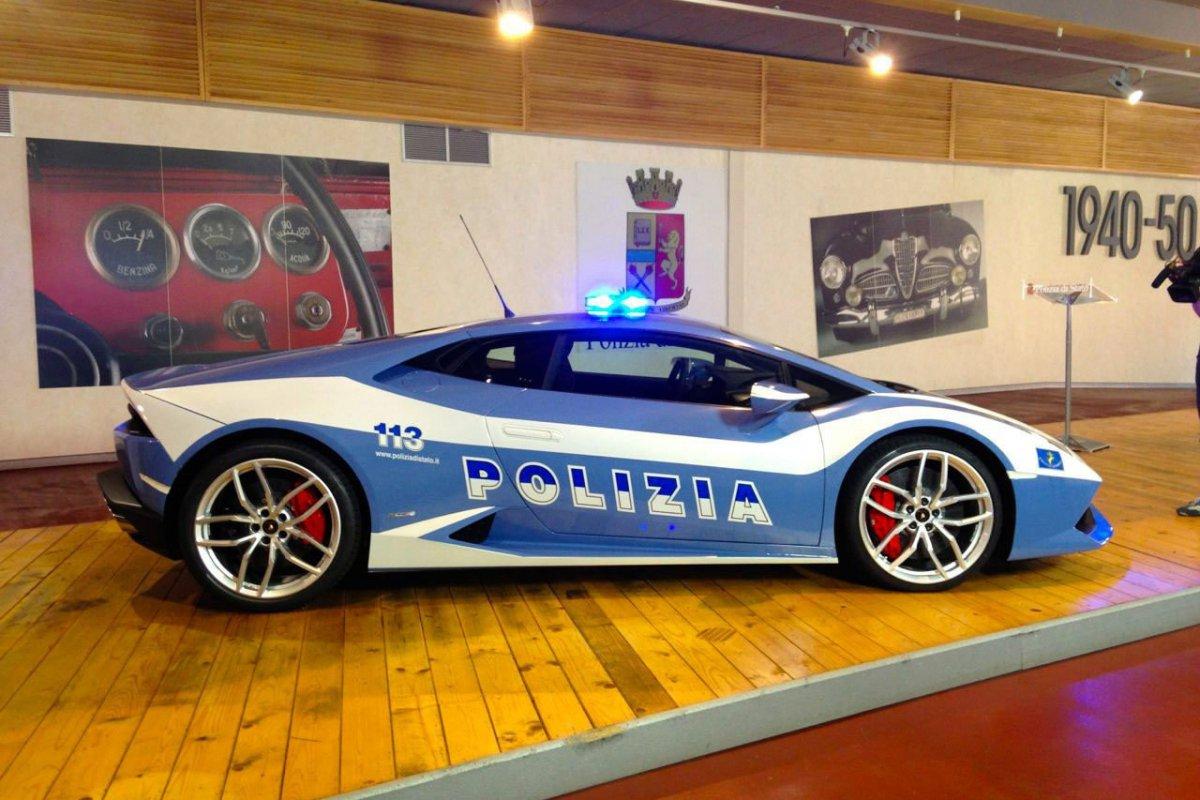 huracan-polizia-hypercars (1)