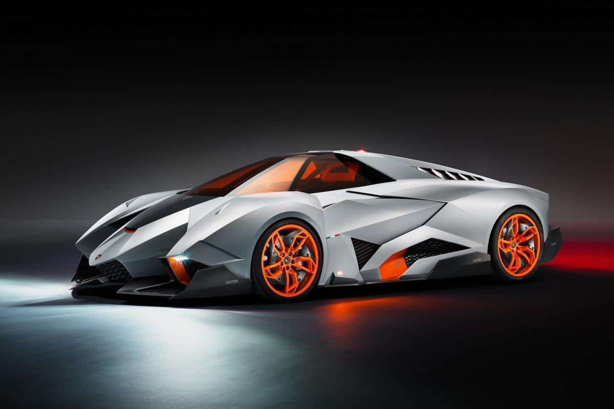La Lamborghini Egoista fait son entrée au musée hypercars (2)