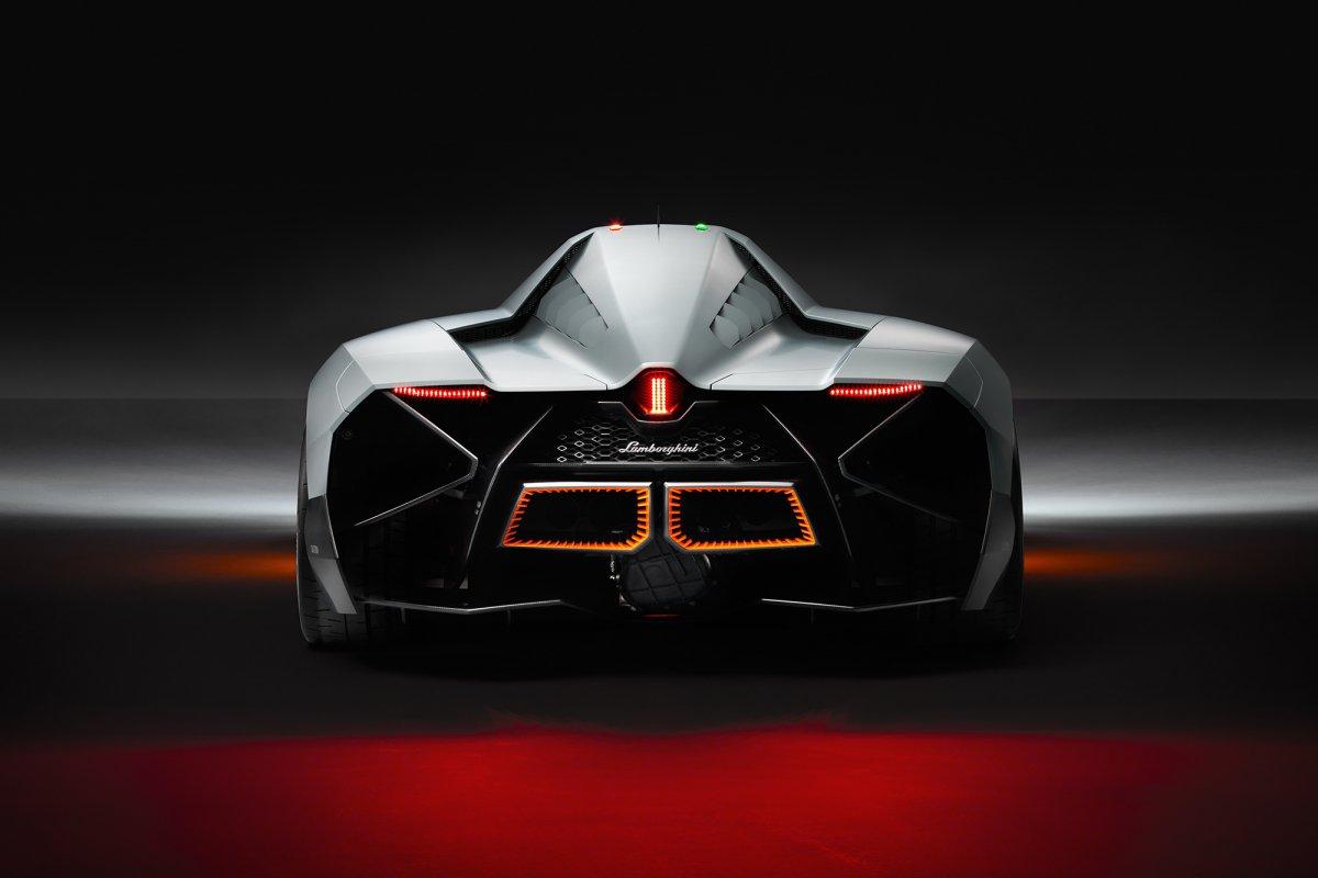 La Lamborghini Egoista fait son entrée au musée hypercars (5)