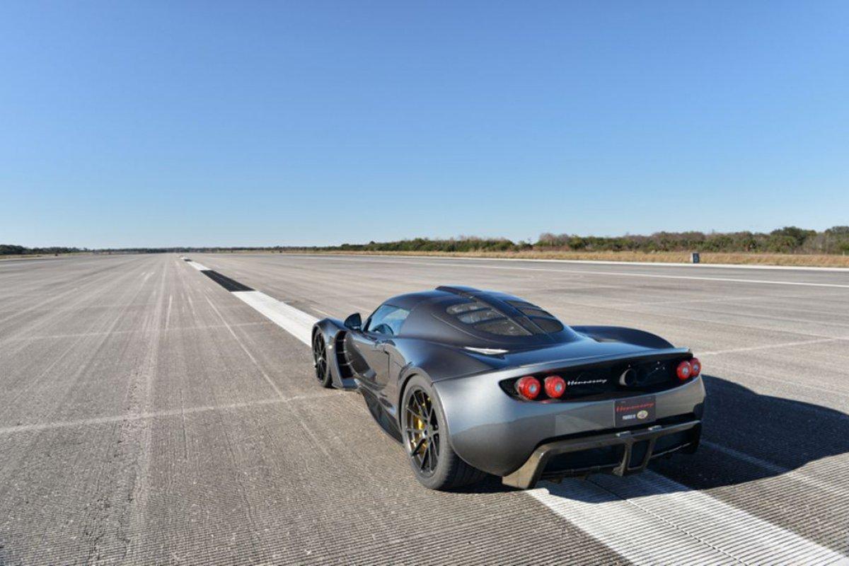 hennessey-venom-gt-record-vitesse-2014-01-Hypercars (2)
