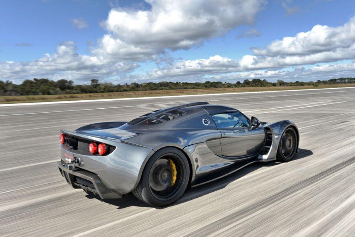 hennessey-venom-gt-record-vitesse-2014-01-Hypercars (3)