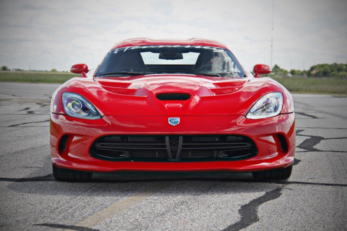 Hennessey Performance  SRT Viper Venom Hypercars 700R.  (9)