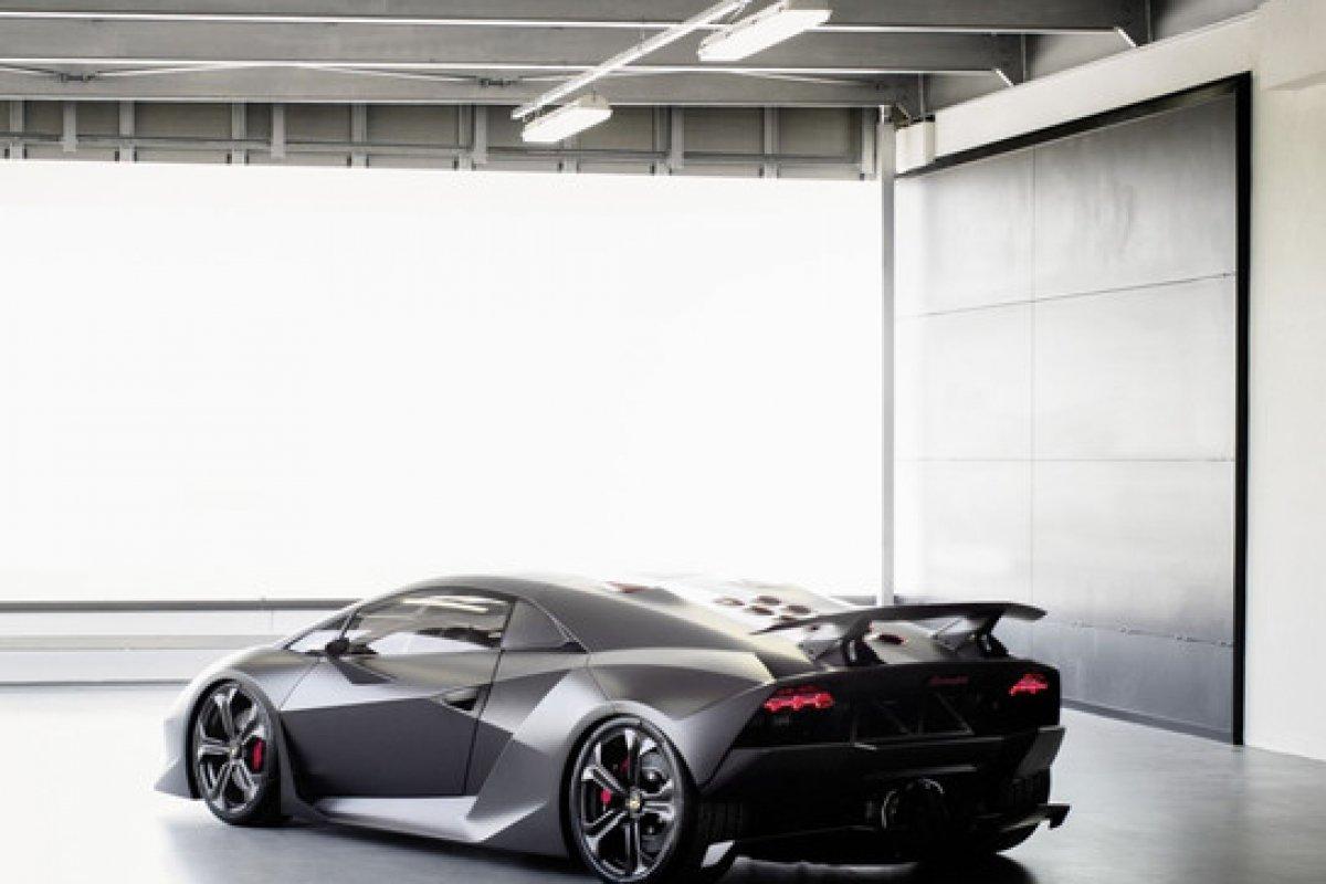 top 5 des lamborghini d 39 exception en hypercars le sommet de l 39 automobile. Black Bedroom Furniture Sets. Home Design Ideas